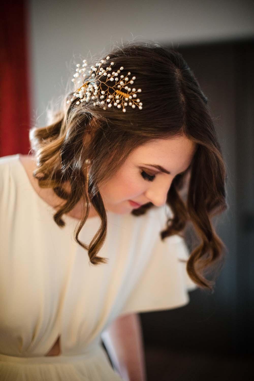 1209-creative-wedding-florist-madison-wisconsin-bride.JPG