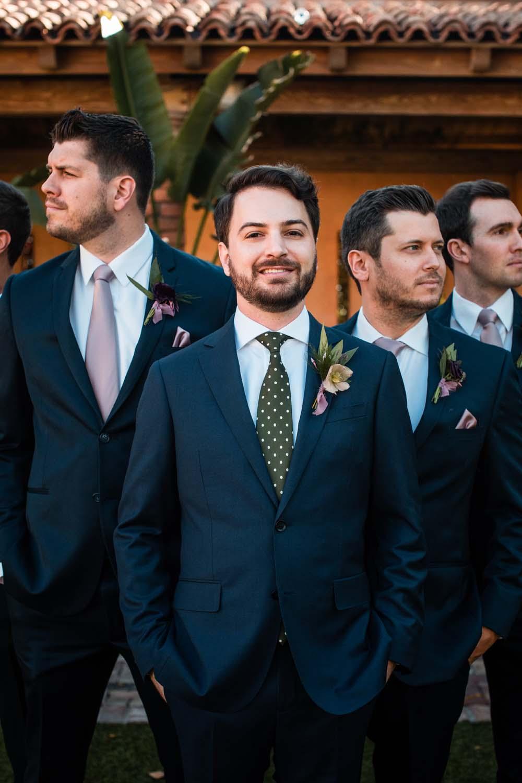 1209-creative-wedding-florist-madison-wisconsin-groomsmen-boutonnieres.jpg