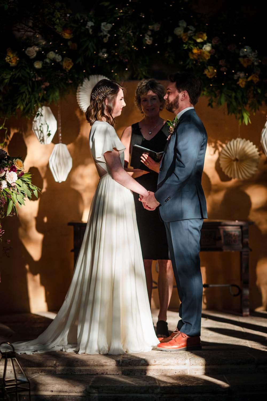 1209-creative-wedding-florist-madison-wisconsin-bride-groom-ceremony.jpg