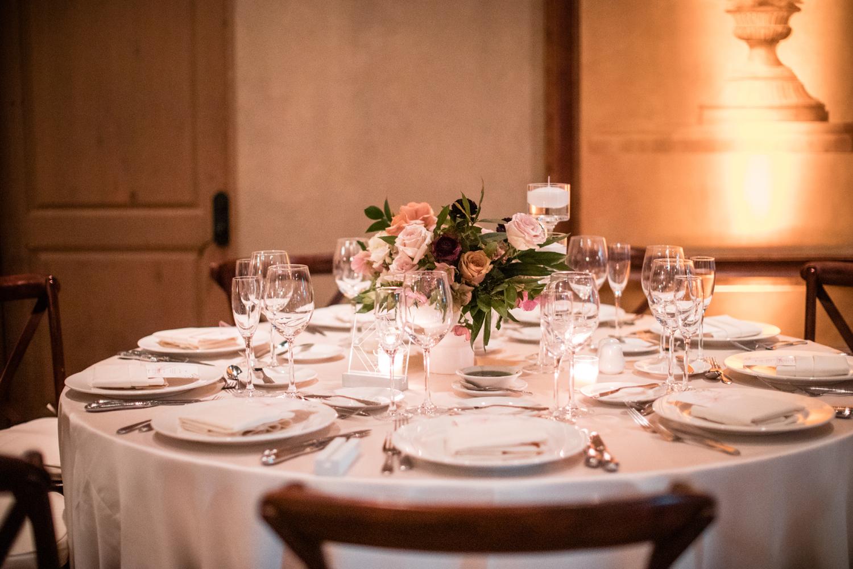 1209-creative-wedding-florist-madison-wisconsin-centerpiece-repcetion.jpg