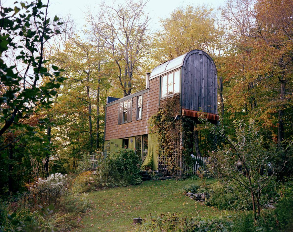 Mailbox House (1977)