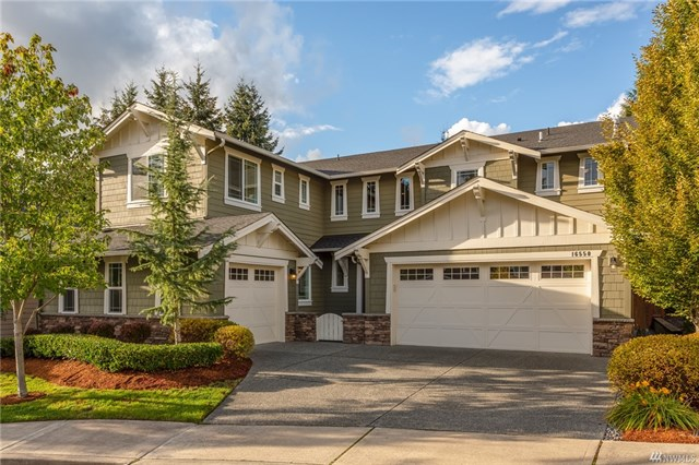 <p><strong>16550 SE 61st Pl, Bellevue</strong>Sold for $1.418M, Represented Seller</p>