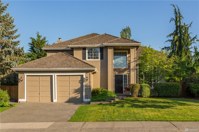 <p><strong>23615 NE 25th Wy, Sammamish</strong>Sold for $935,000, Represented Seller</p>