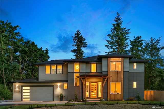 <p><strong>32909 SE 41st St, Fall City</strong>Sold for $835,000, Represented Seller</p>