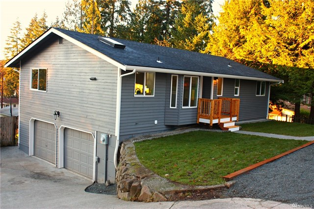 <p><strong>12324 9th Dr SE, Everett</strong>Sold for $462,500, Represented Buyer</p>