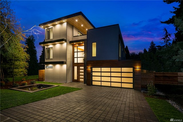 <p><strong>8538 1st Ave NE, Seattle</strong>Sold for $1.5M, Represented Seller</p>