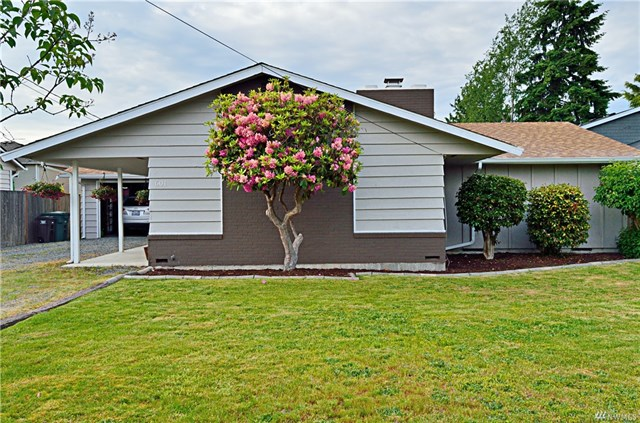 <p><strong>601 106th Pl SW, Everett</strong>Sold for $450,000, Represented Buyer</p>