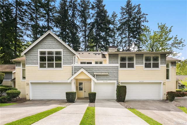 <p><strong>612 228th St SW, Bothell</strong>Sold for $400,000, Represented Seller</p>