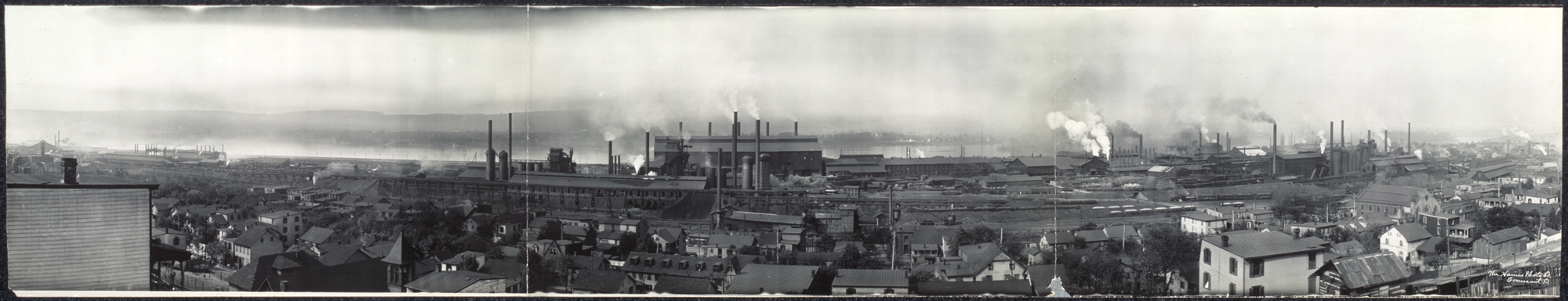 View of Pennsylvania Steel Works, Steelton, Pennsylvania circa 1909,Collection of the Library of Congress. Inset image a vintage stock certificate of Pennsylvania Steel Company Circa  1882. Collection of  VintageStocksandBonds.blogspot.com