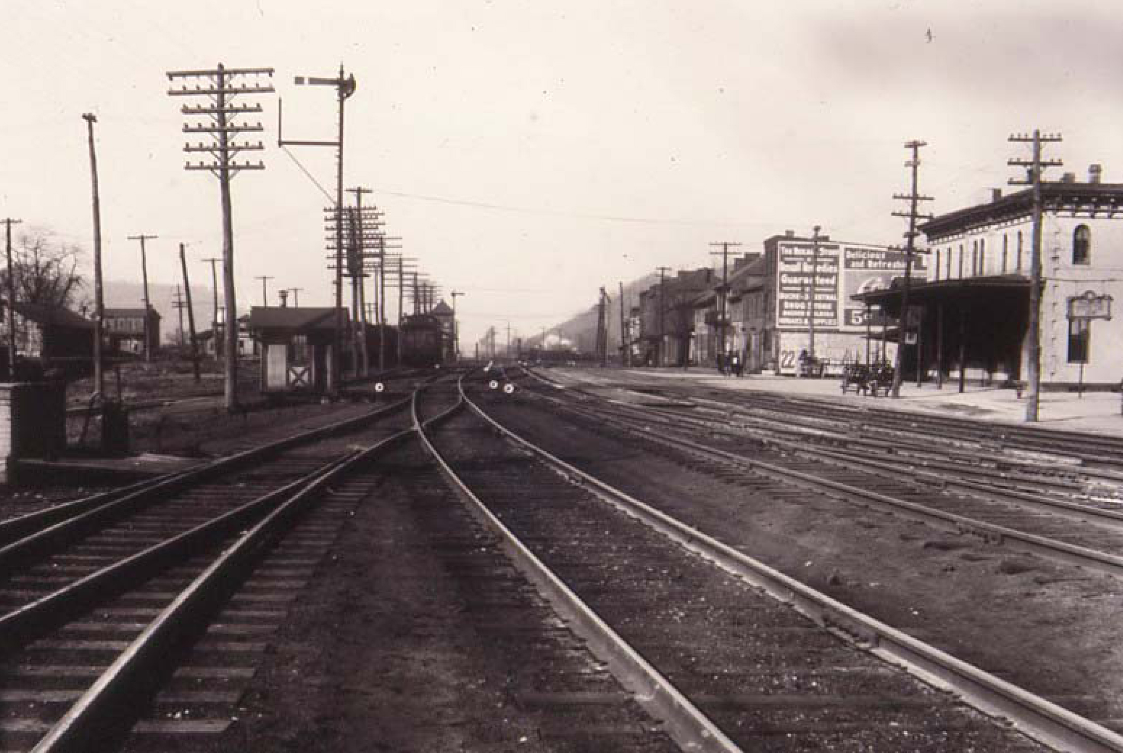 PRR in the vicinity of Front and Walnut Streets. Note the passenger station on the right. Date Unkown. Personal collection of Fred Abendschein.