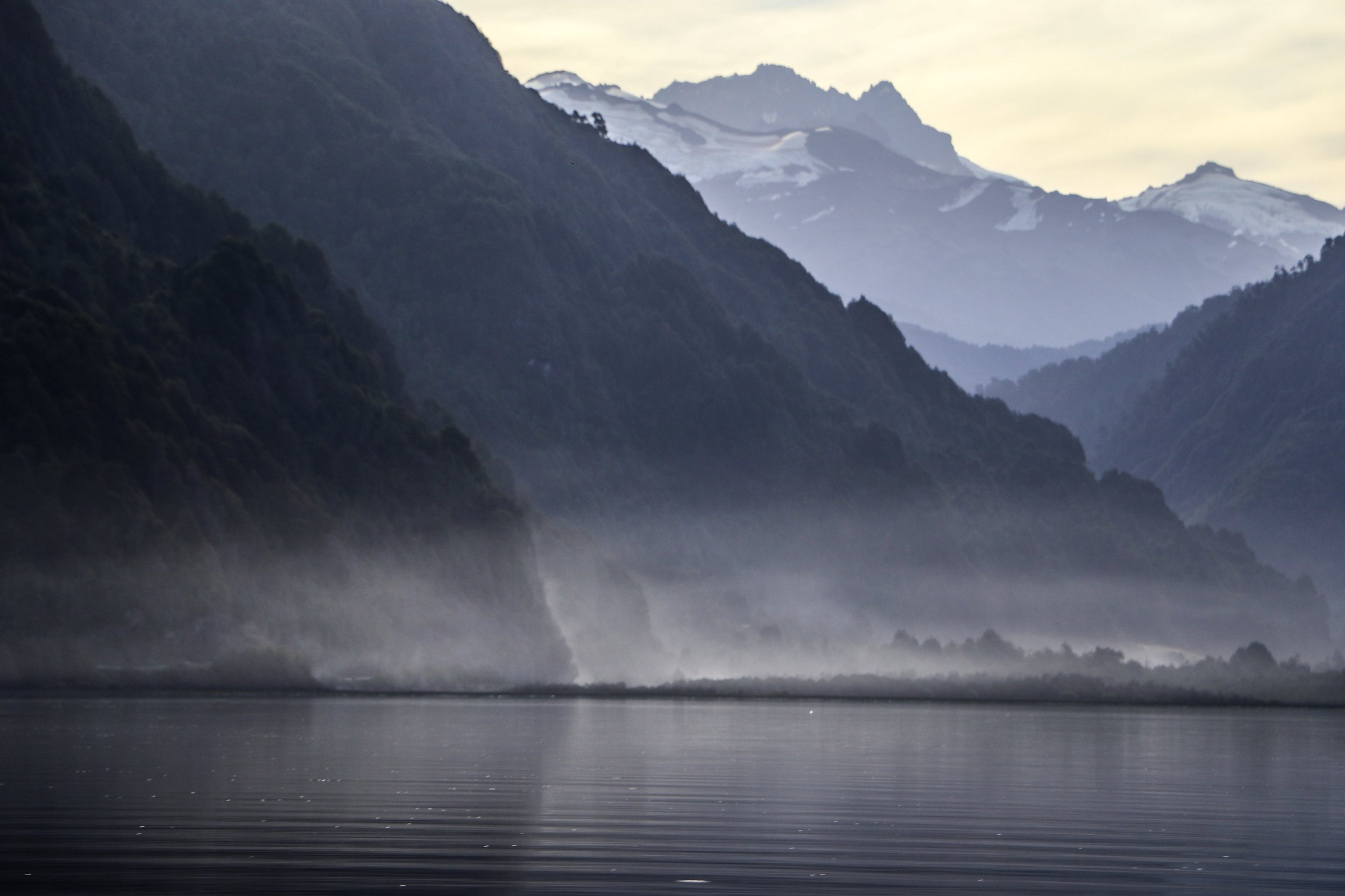 If you have the opportunity to fish Lago Yelcho when its glassy, stay late and keep casting!