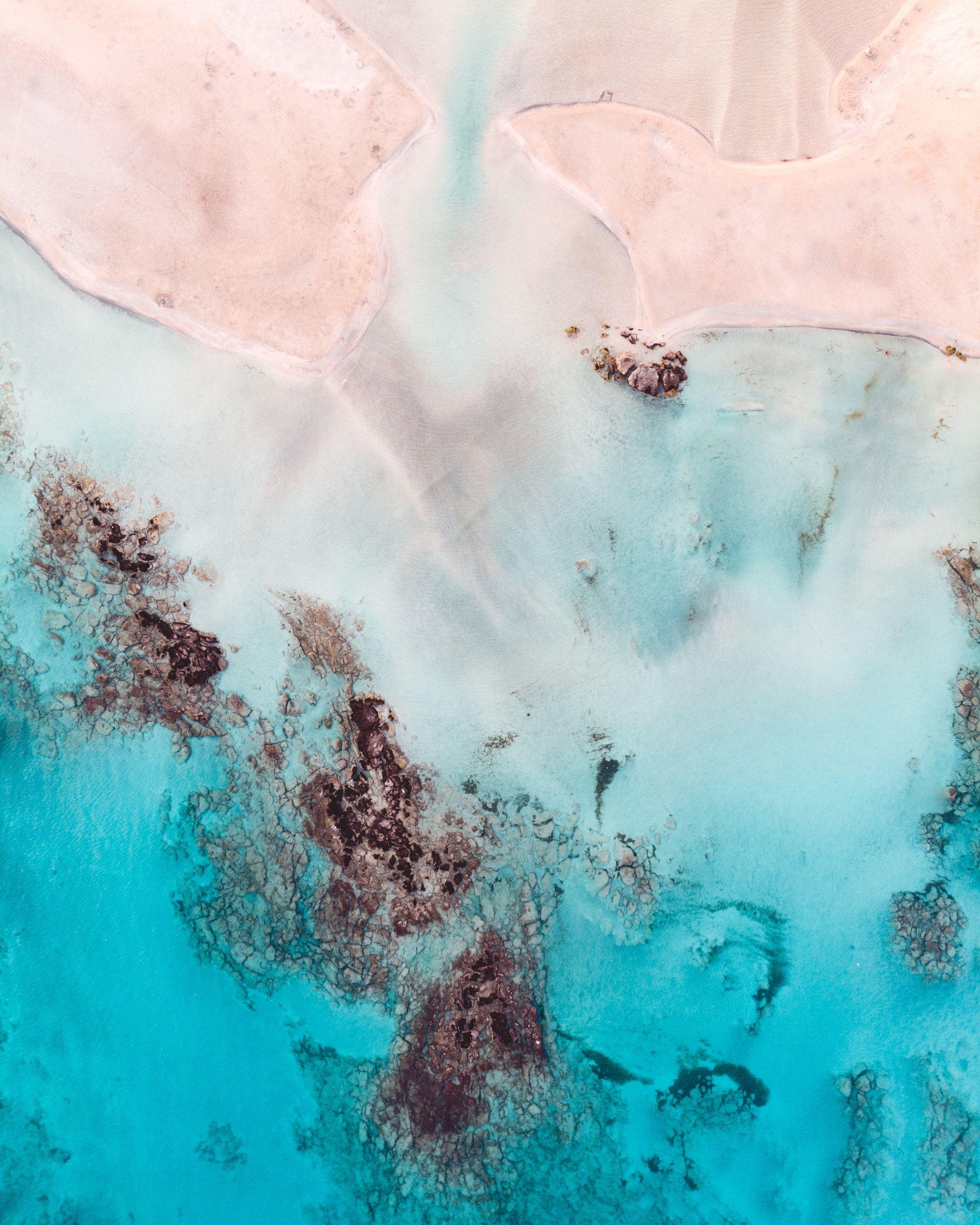 aerial-photography-bird-s-eye-view-colors-1557238.jpg