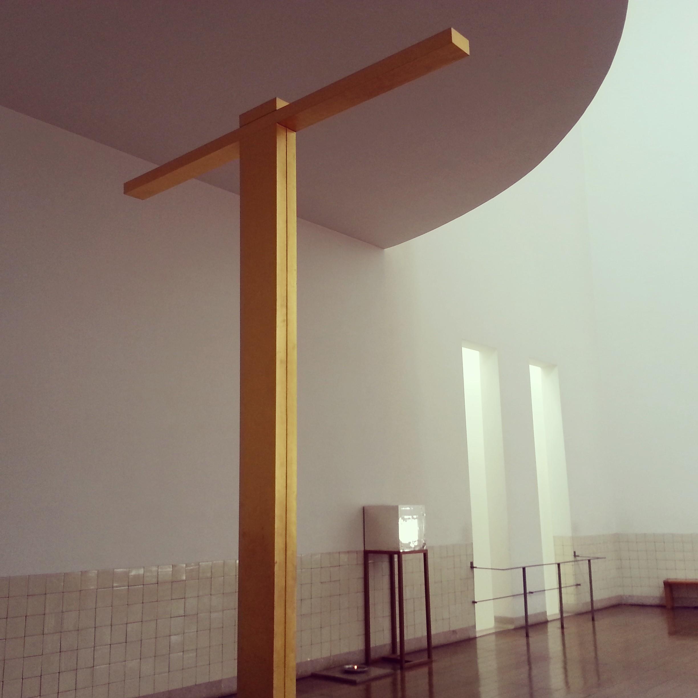 Siza - Iglesia 2.jpg