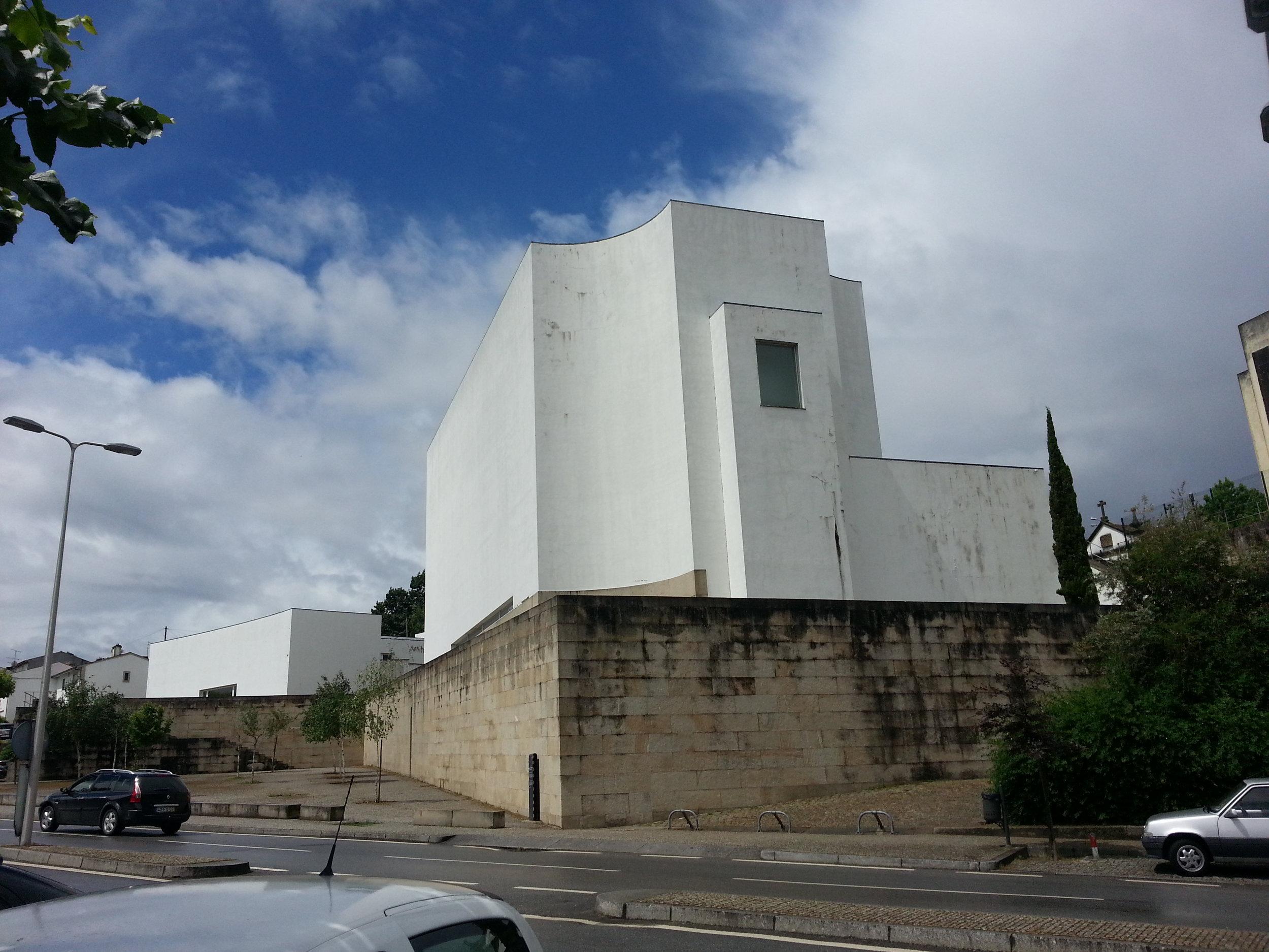 Siza-Iglesia.jpg