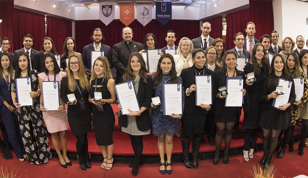 67-alumnos-de-Red-Universidades-Anahuac-reciben-Premio-Ceneval-en-nuestra-Universidad.jpg
