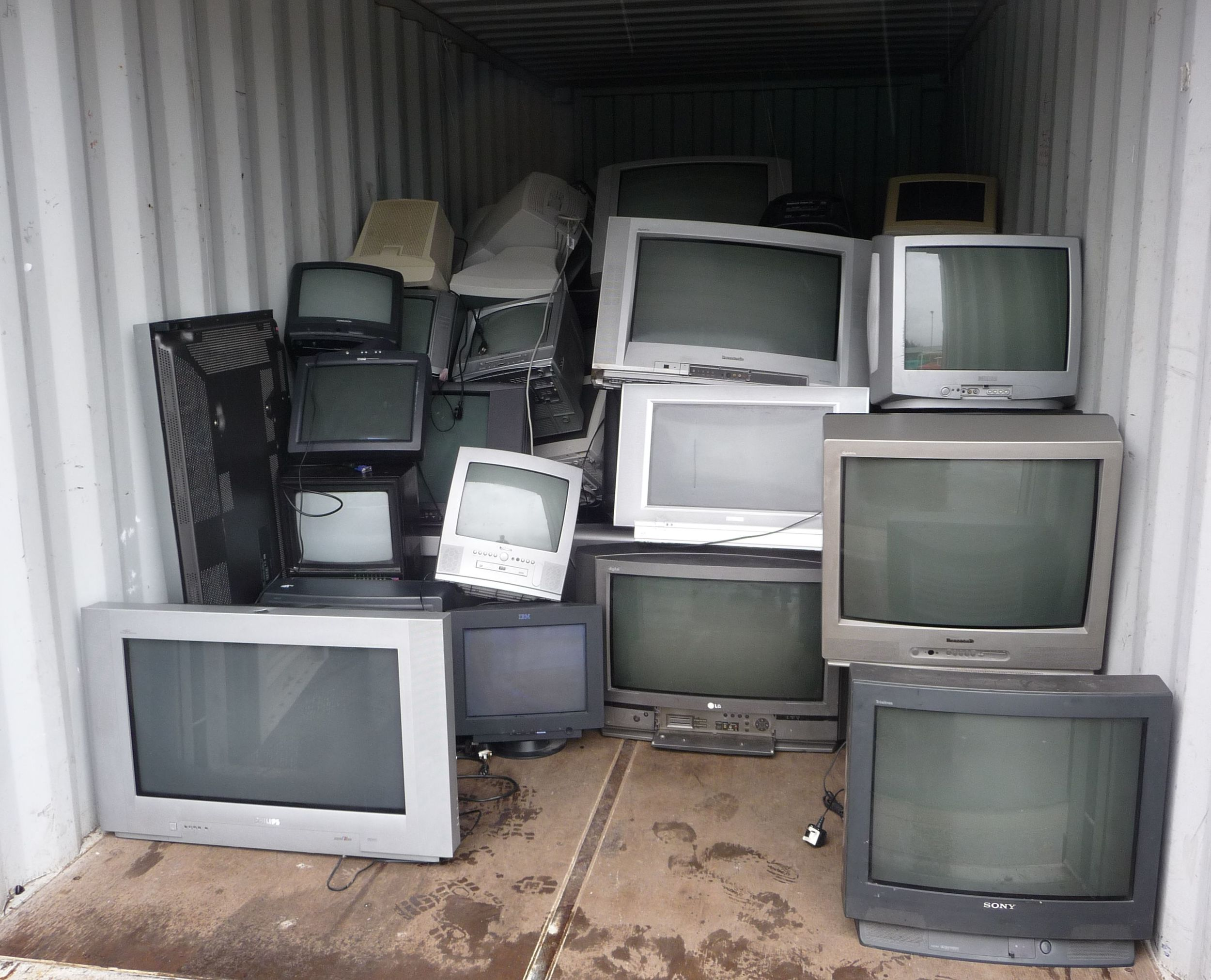 With so many good things on, it is time to grab the extra tvs