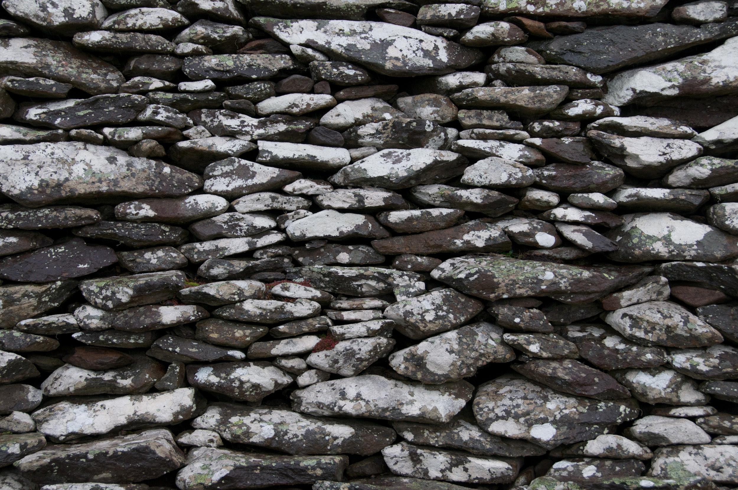 2011-0014-0278. Stone wall, Dingle, Ireland.
