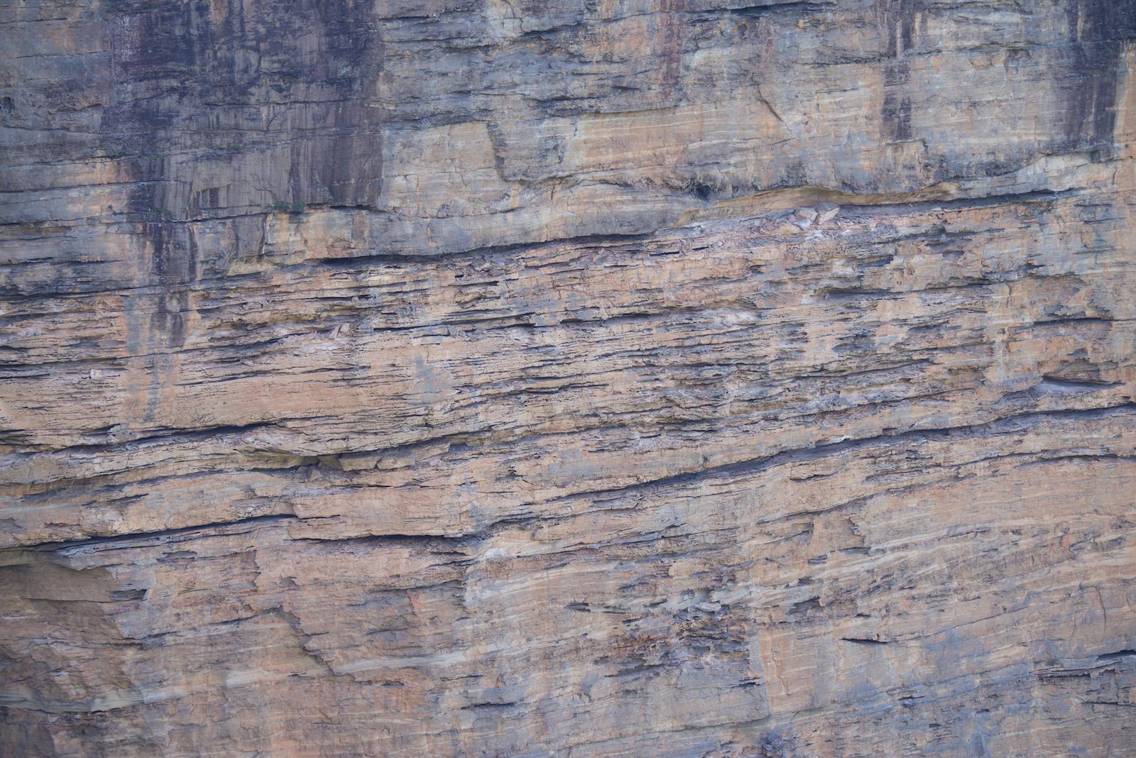 2015-0008-0039. Rock cliff, Blue Mountains, Australia.