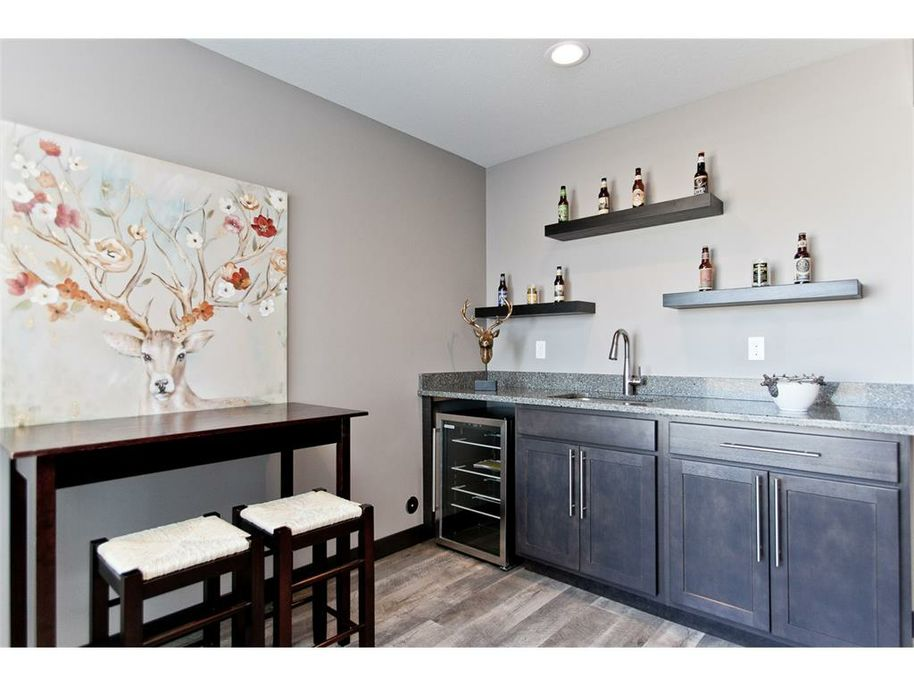 3098 WD Wet Bar.jpg