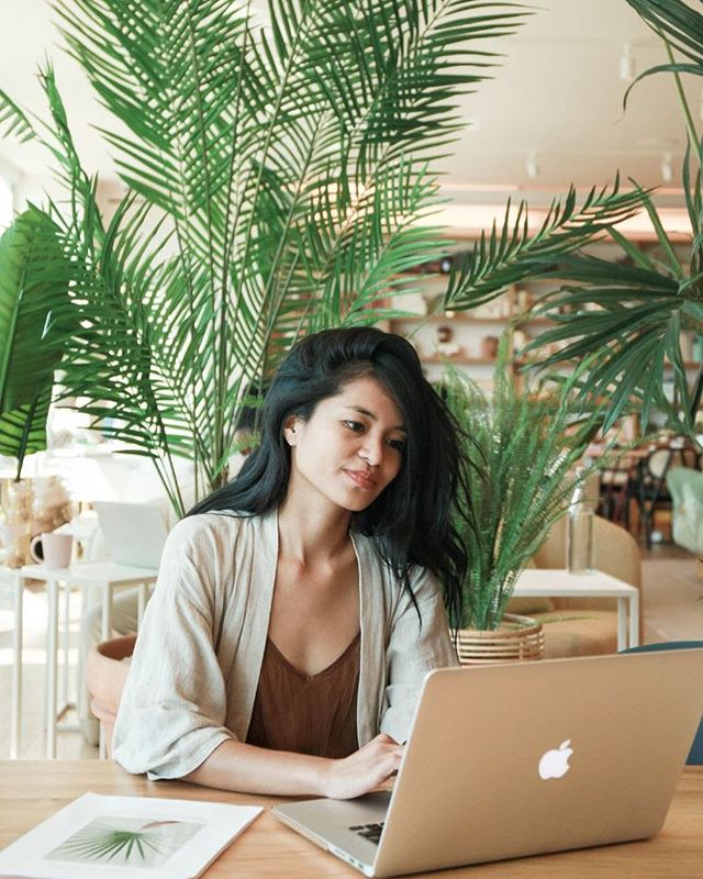 So honored to be featured @the.wing💫 ⠀⠀⠀⠀⠀⠀⠀⠀ Shared what keeps me motived in my life + entrepreneurial journey. 👩��💻🎢📸���🌿✨