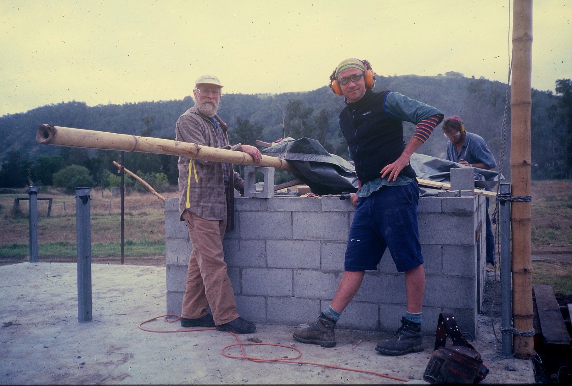 Alan Scott, Les and James building the Crystal Waters oven