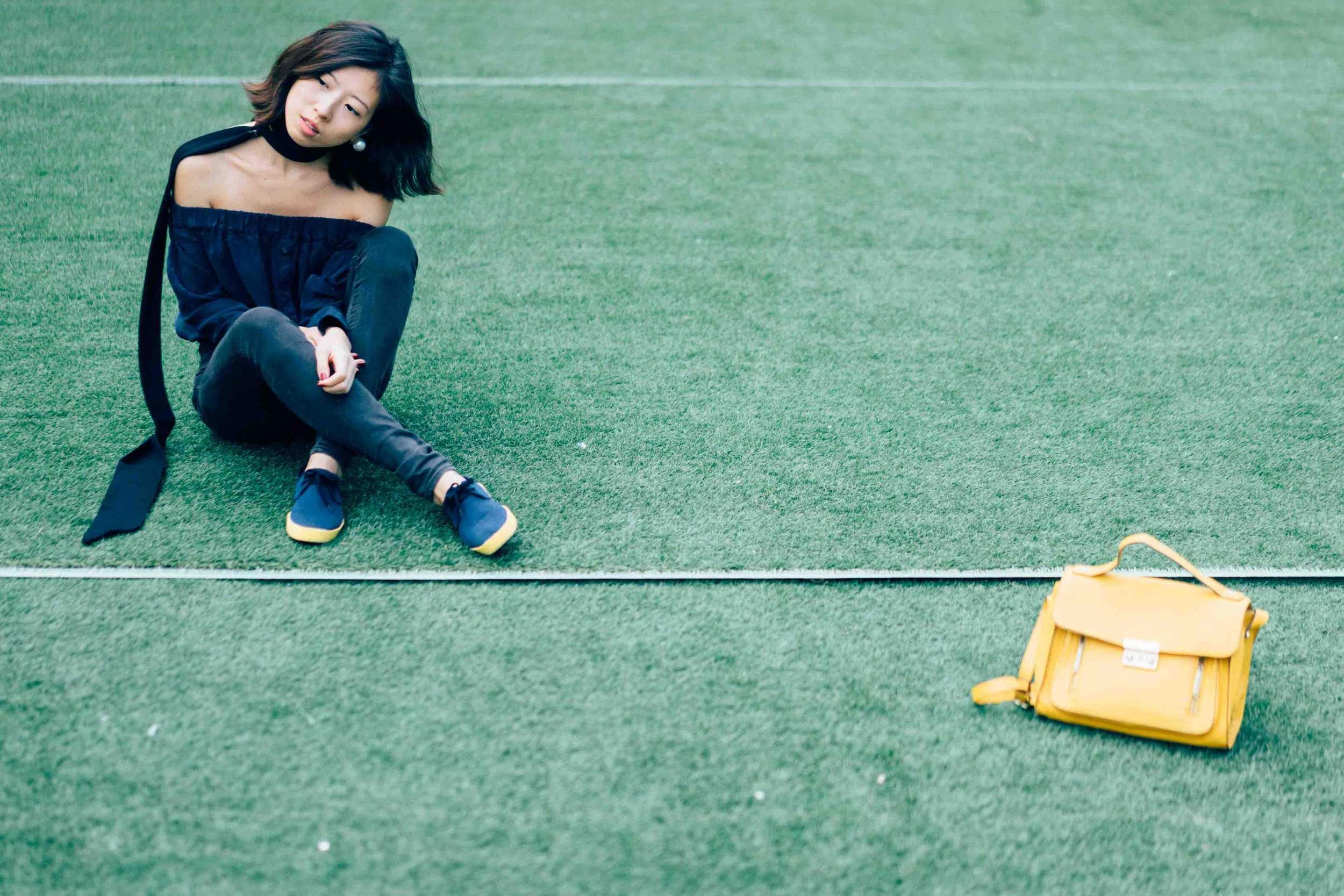 Accessorize  Earrings  |  Z    ara  Scarf |     H&M  Top |  H&M  Jeans |    O    li13    Shoes  |   Phillip Lim x Target   Bag
