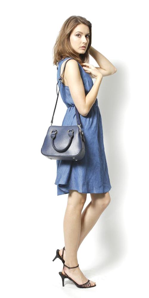 Lilian: FREE/NVY¥12,490  Chambray Ribon One-piece: FREE/SAX¥10,990