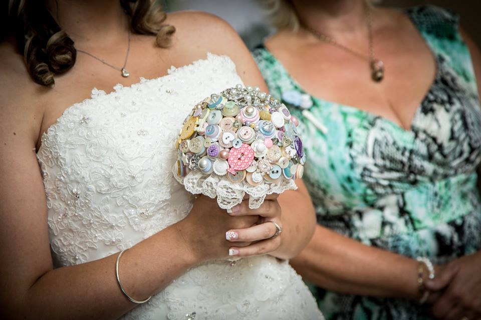 I Heart Buttons Bouquets Pastel UP themed button bouquet for Stacey - phorographer easy view photography4.jpg