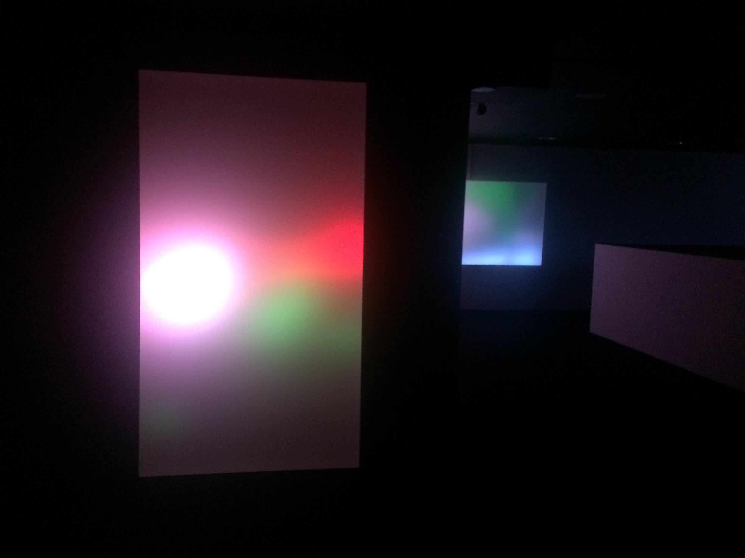 Gabriel Lester - Alarm in the Universe (2015) foto: De Museumpodcast