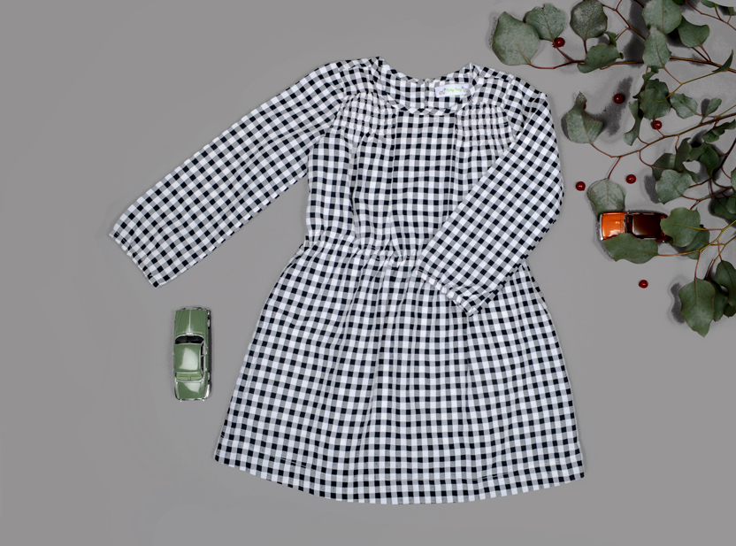 mia dress checkered look.jpg