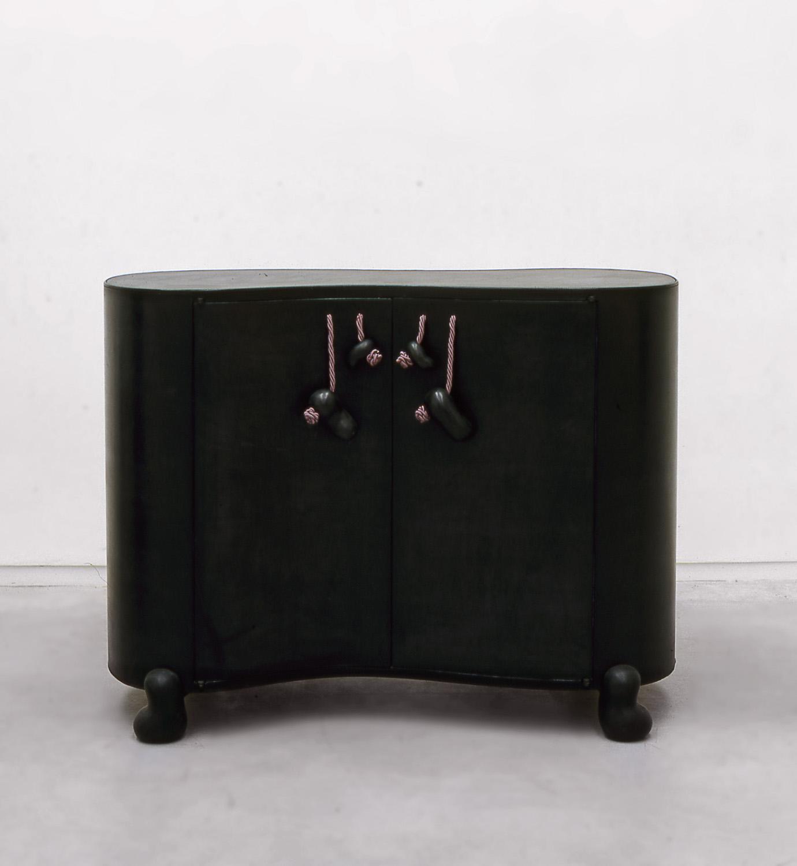 1. B&G Cabinet 'Habana'.jpg