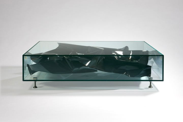 1. FS Table 'Black Crush'.jpg