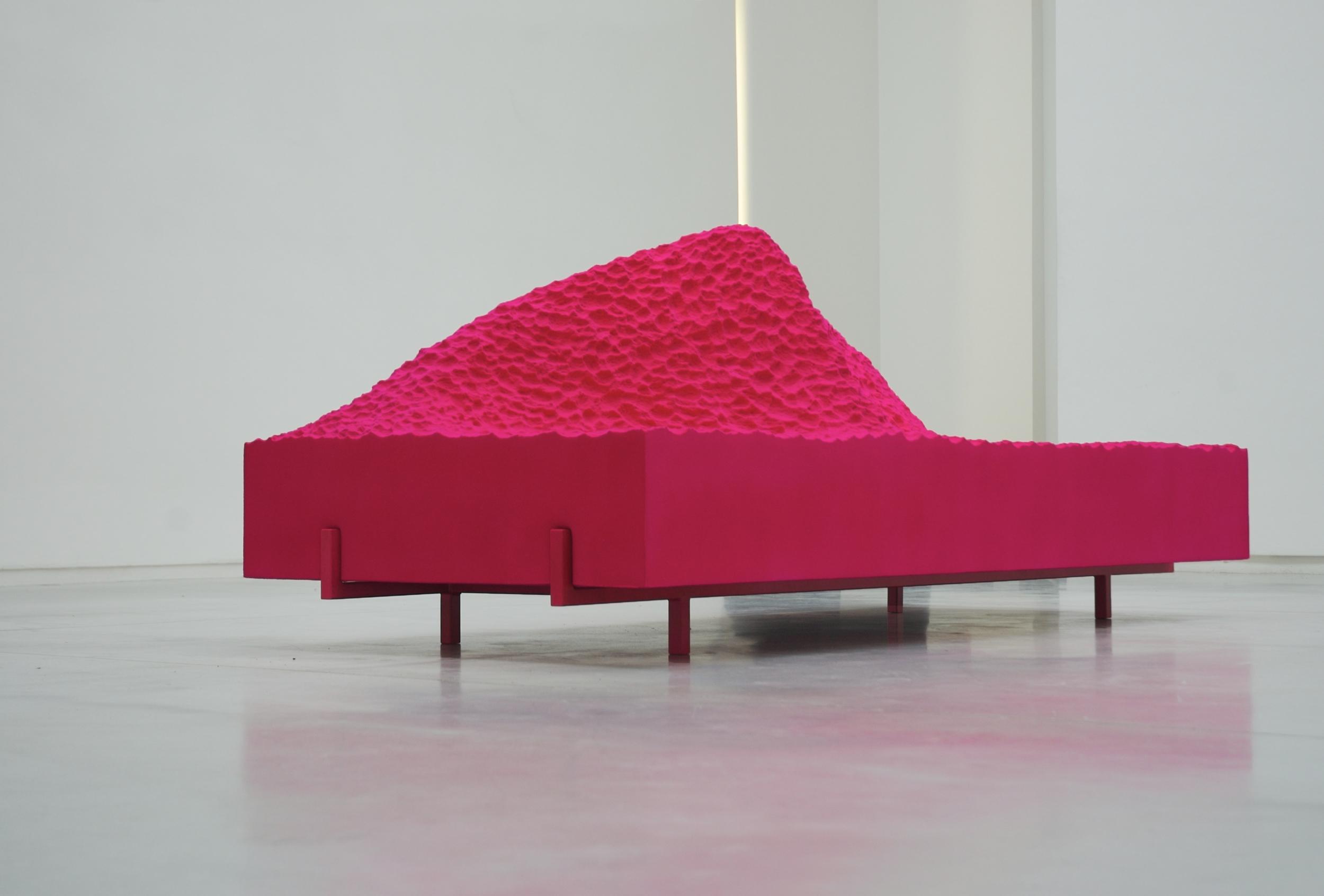 FS Sofa 'Pyrenees' (Pink) 5.jpg
