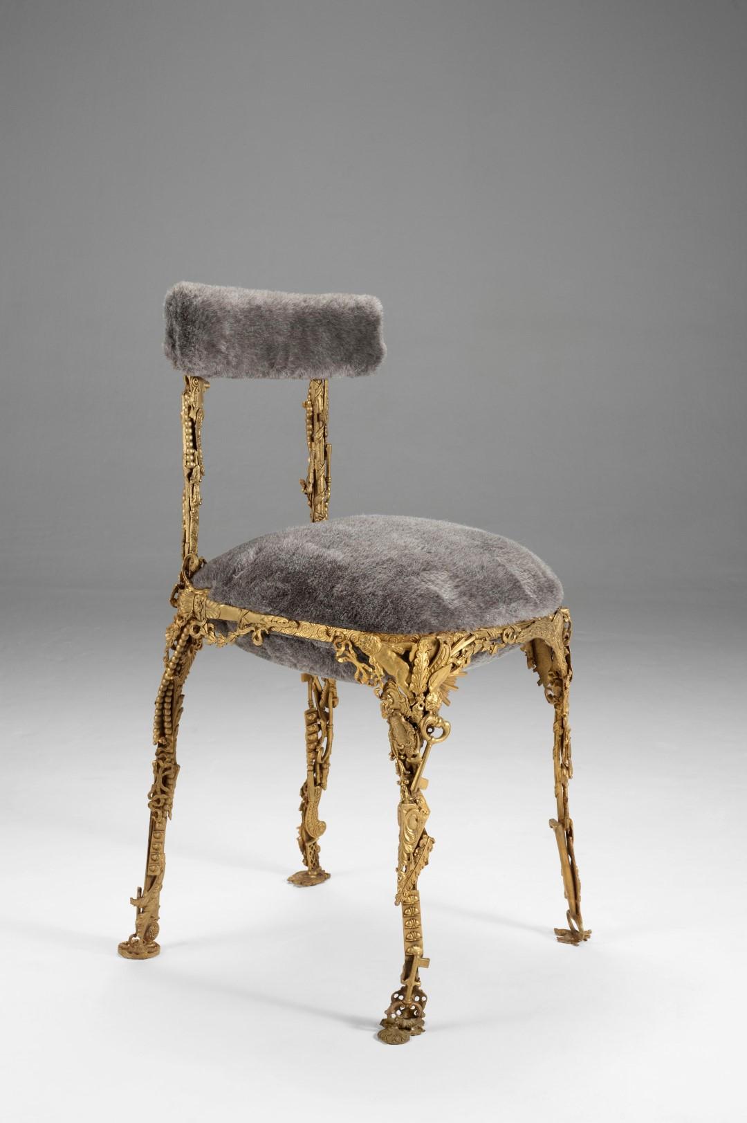 1. CB Chair 'Lupa'.JPG