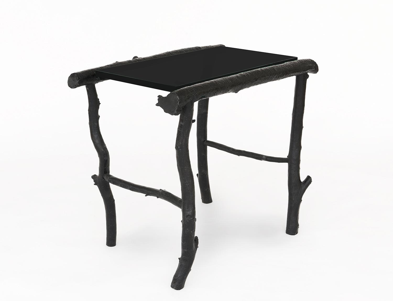 B&G Side Table 'Petit Trianon' black glass.jpg