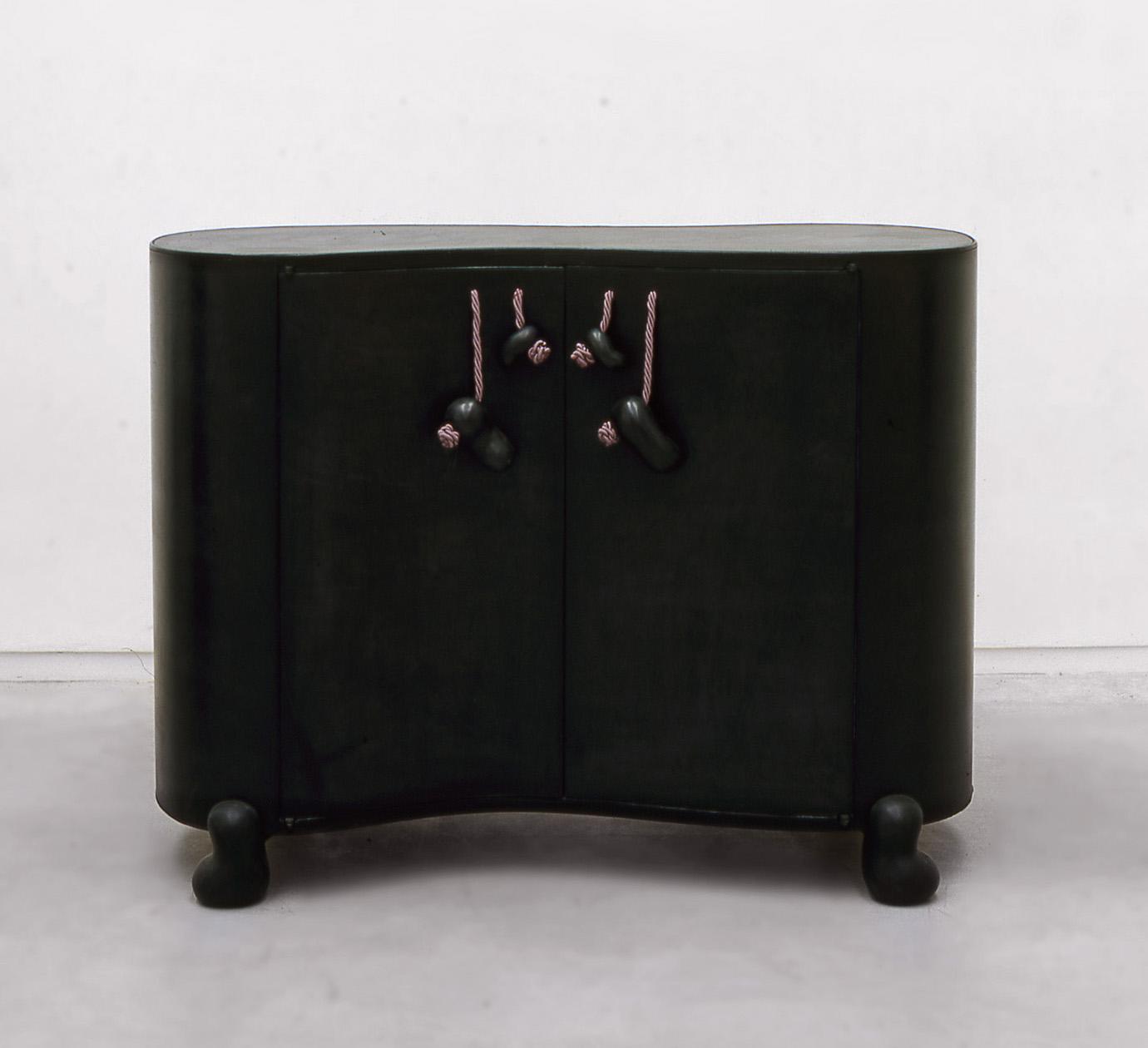 B&G Cabinet 'Habana'.jpg