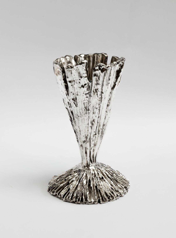 1. MOD Vase Medium.jpg