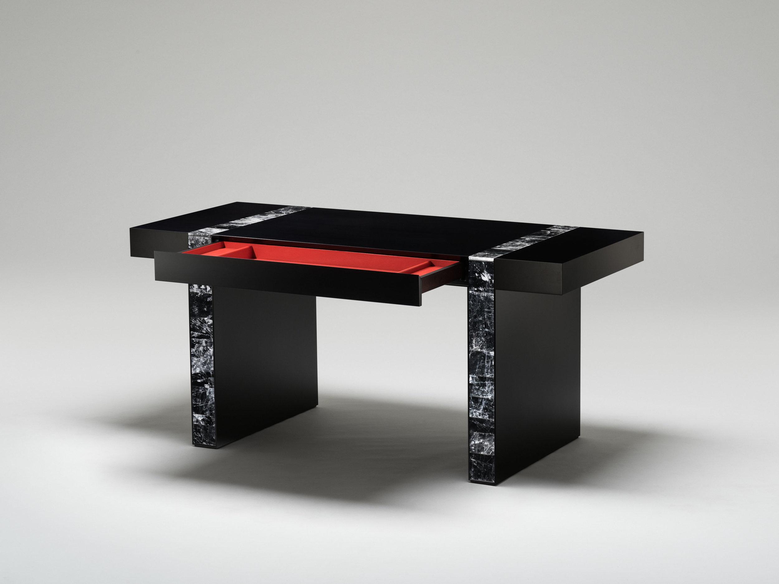 6. MB Desk 'Descartes' custom.jpg