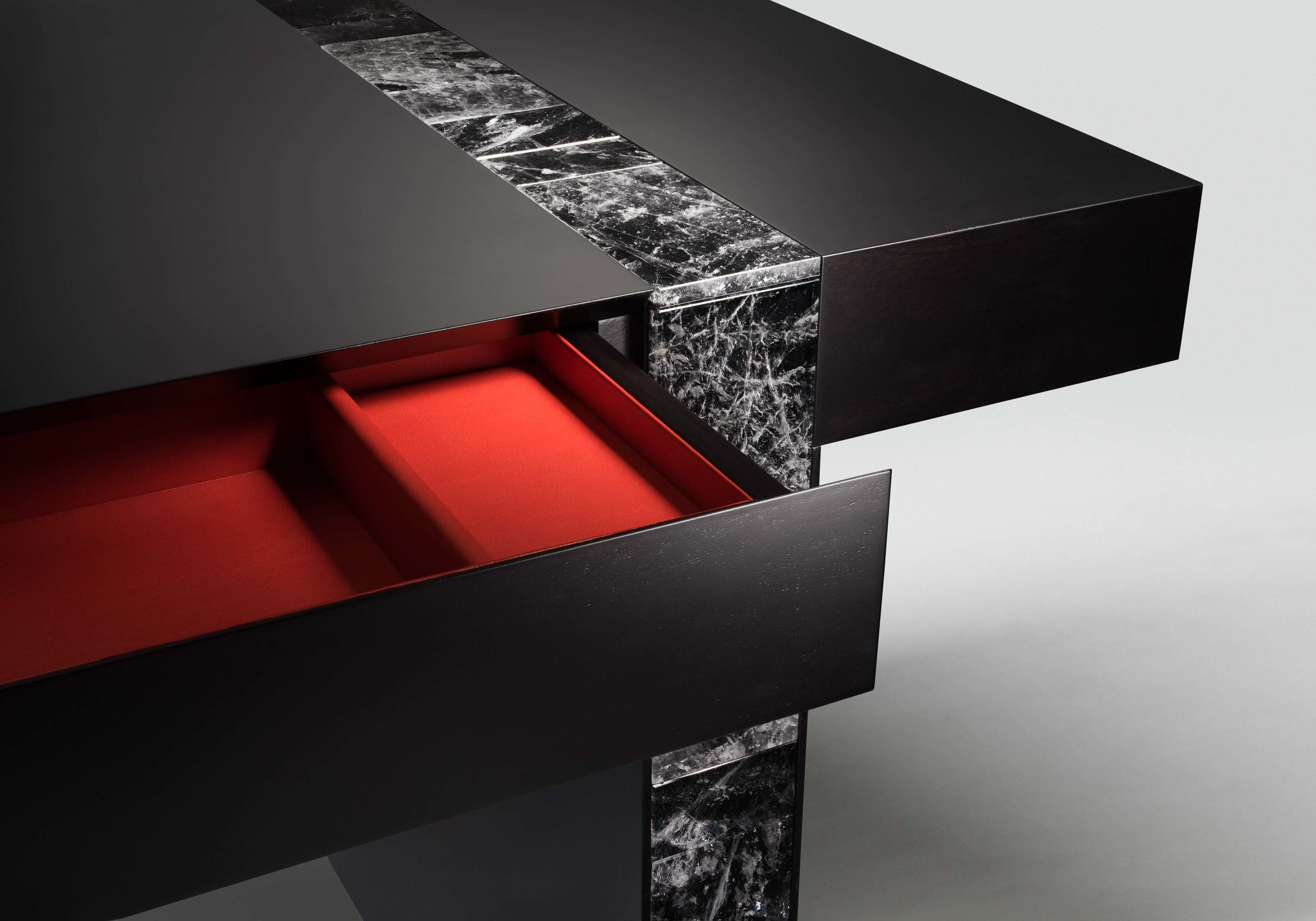 10. MB Desk 'Descartes' custom.jpg
