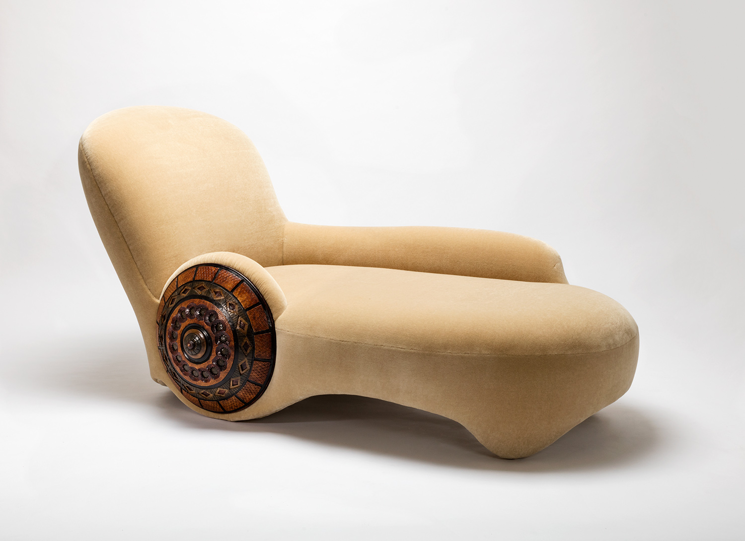 2. MB Daybed 'Shield' High Res-1.jpg