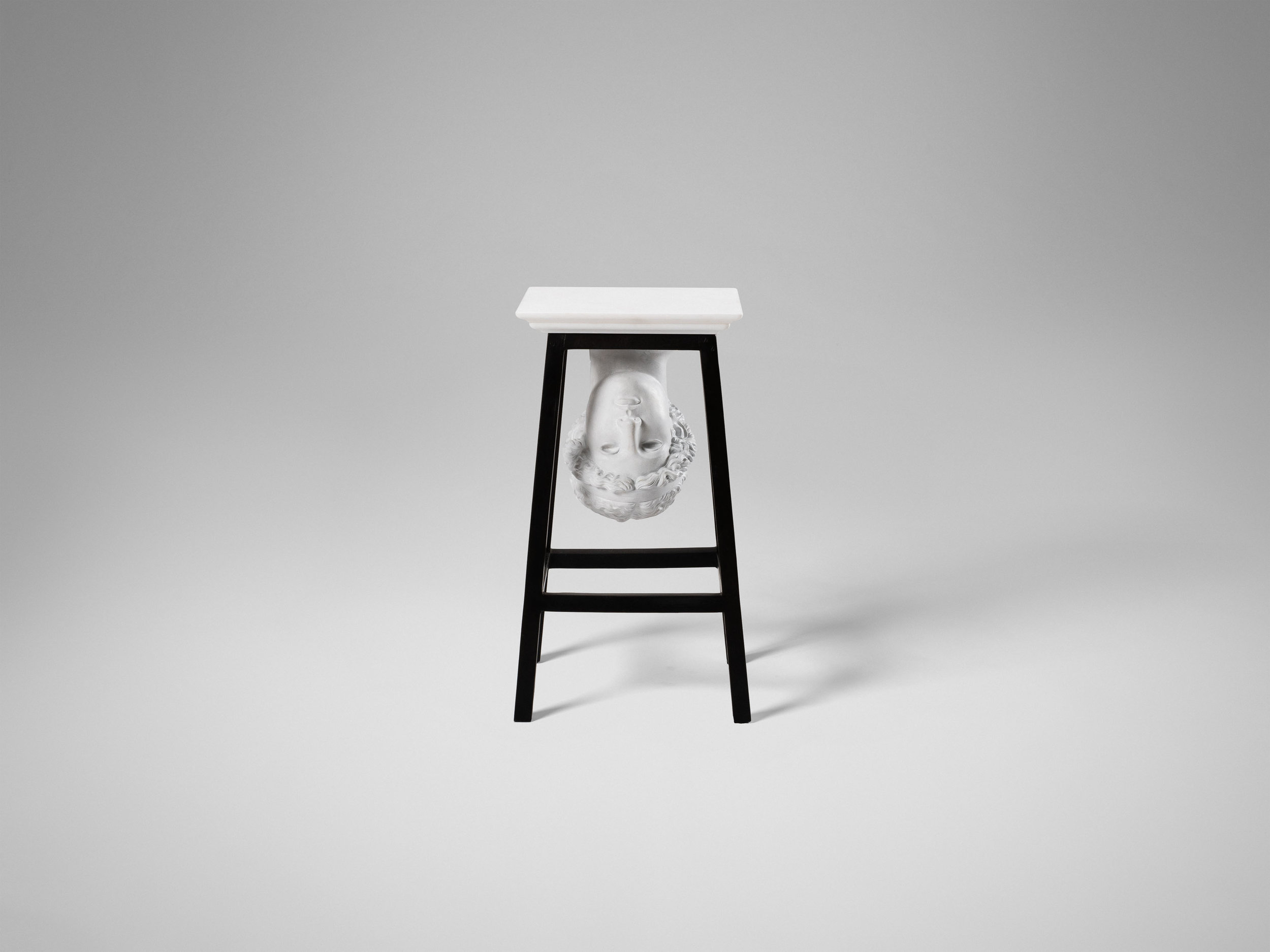 2. SE Side Table 'Athena Lemnia'.jpg