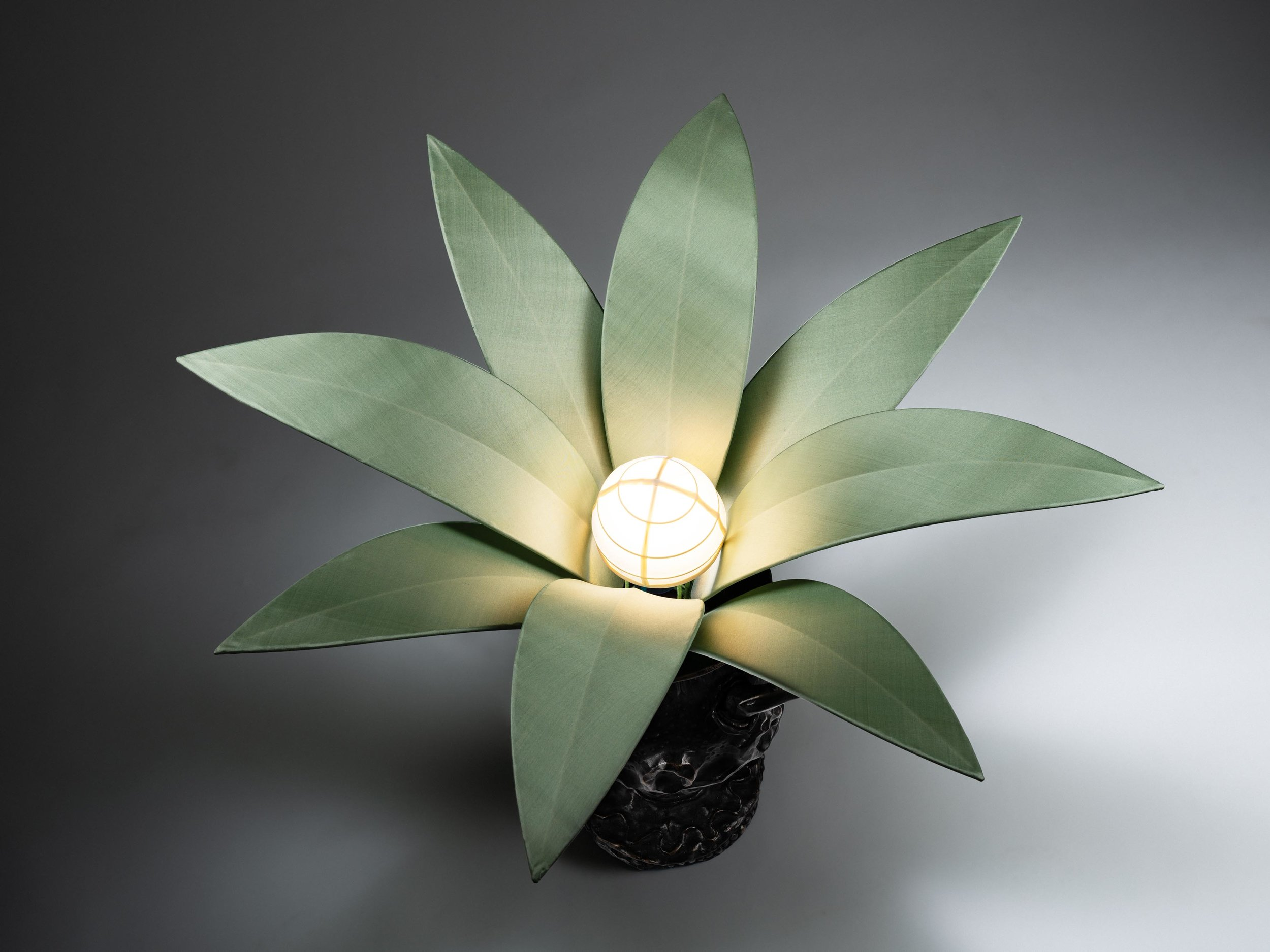 5. MB Table Lamp 'Vase Edward James' (above).jpg