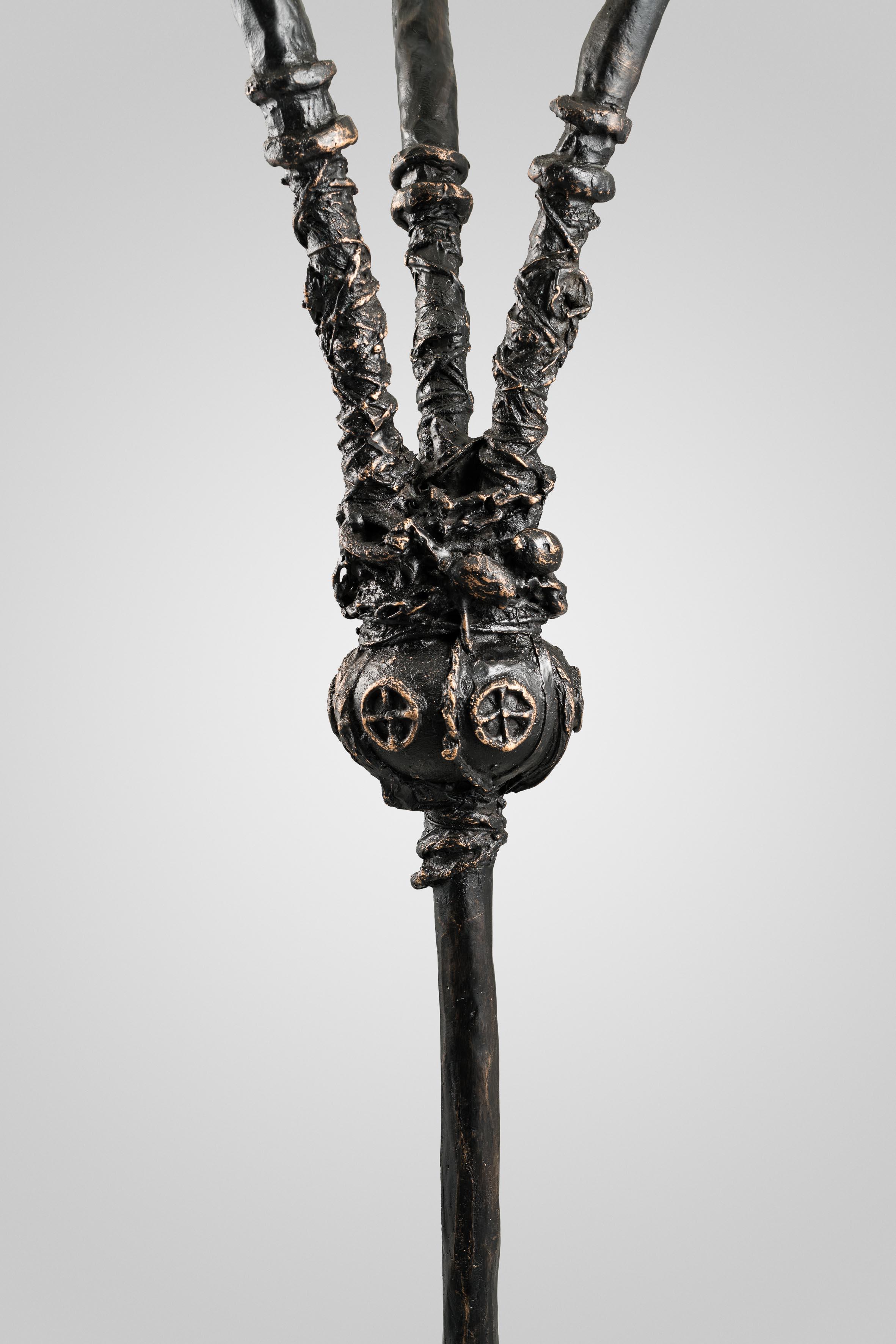 3. MB Standard Lamp 'Congo' (detail).jpg