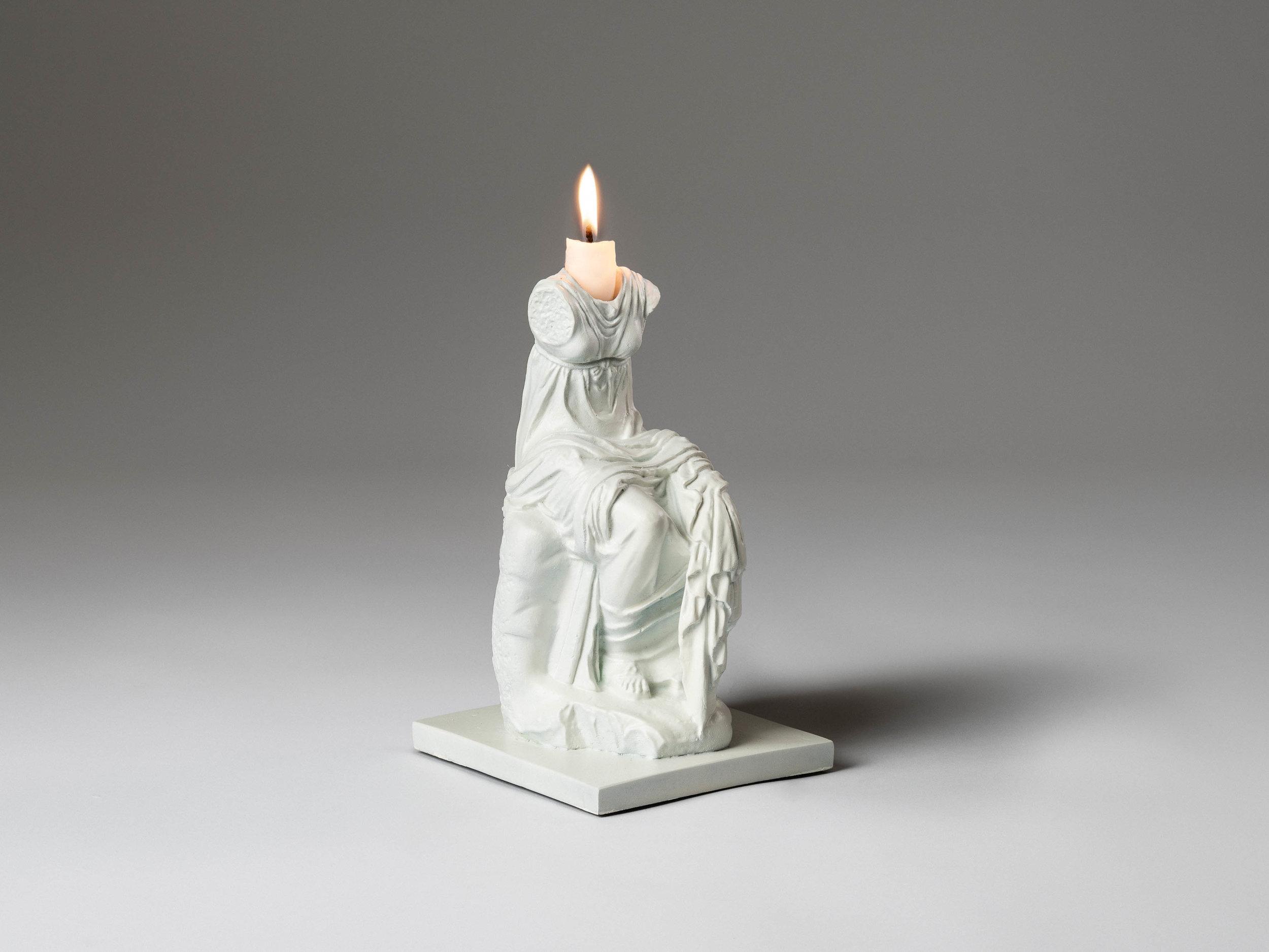 31. SE Candlestick 'Clio' white.jpg