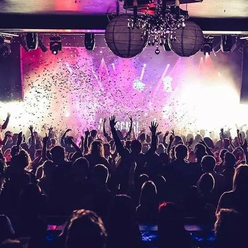 Confetti Cannons in Melbourne Club - Blaso Pyrotechnics