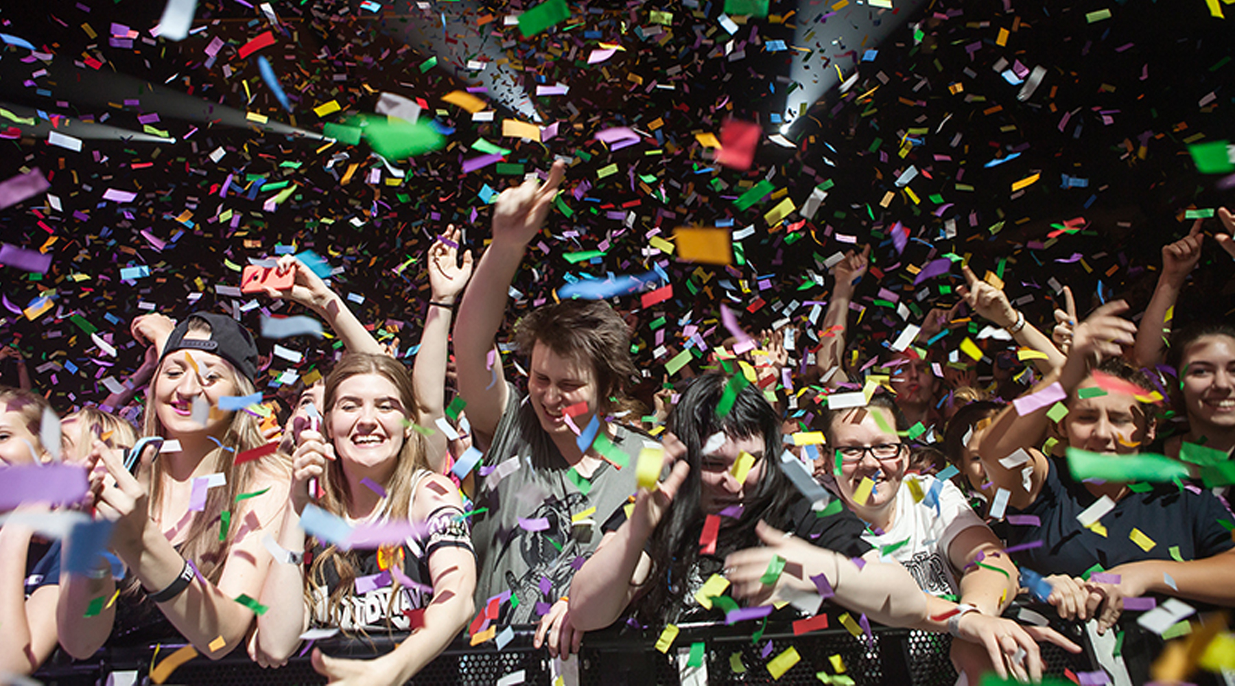 Blaso Pyrotechnics Store Affliction-A-day-to-remember-adelaide-Confetti.jpg