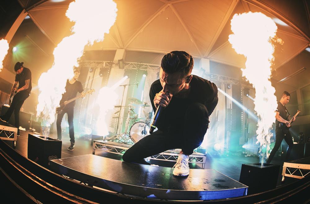 Blaso Pyrotechnics Parkway Drive Flames 4.jpg