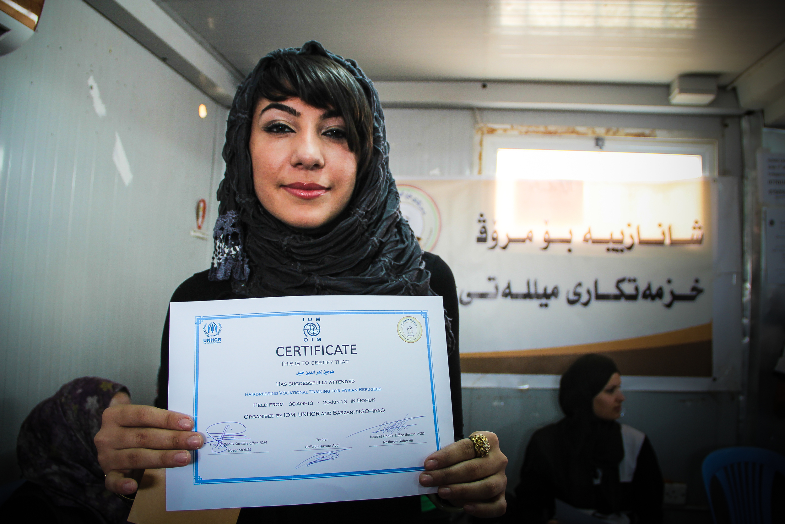 A hairdressing training graduate, Domiz Camp / For the Iraq mission of the International Organization for Migration