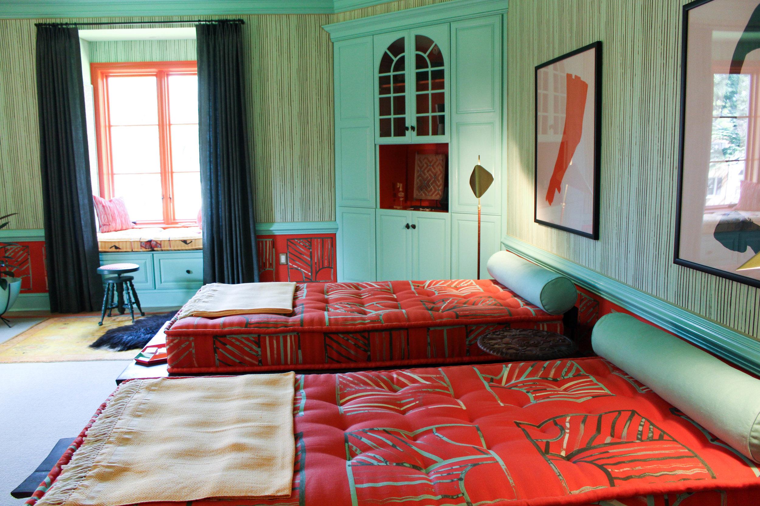 Caryn Cramer /  Caryn Cramer Interiors + Textiles  / GUEST BEDROOM