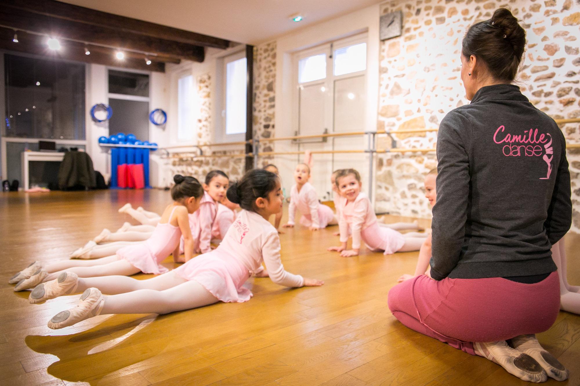 cours ecole danse classique la valette toulon enfant adulte pilates barre au sol eveil initiation debutant pas cher helivision.fr -54.jpg